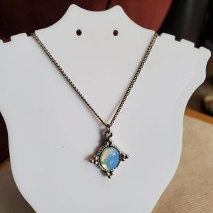 """16"""" Silver Tone Blue Oval Inset Necklace Artisan"""